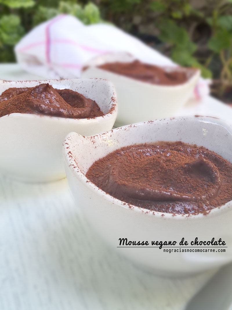 Suave y cremoso Mousse vegano de chocolate | No gracias no como carne