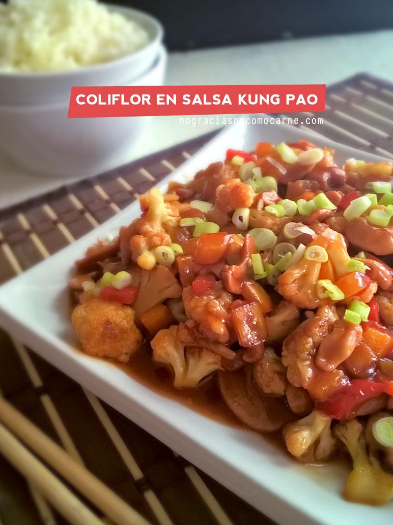 Coliflor en salsa Kung pao {Receta vegana}