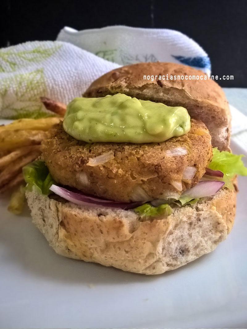 Hamburguesa vegana de camote (papa dulce) | No gracias, no como carne